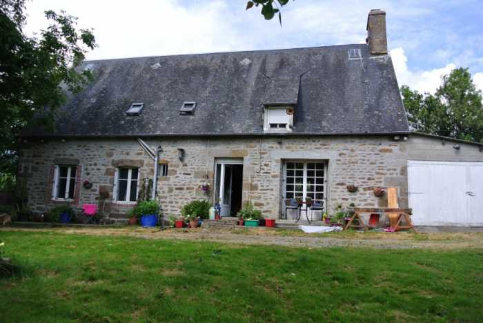 AHIN-SP-001442 Nr Vire 14500 Detached stone house with nearly 2.5 acres and outbuildings - potential kennels and cattery