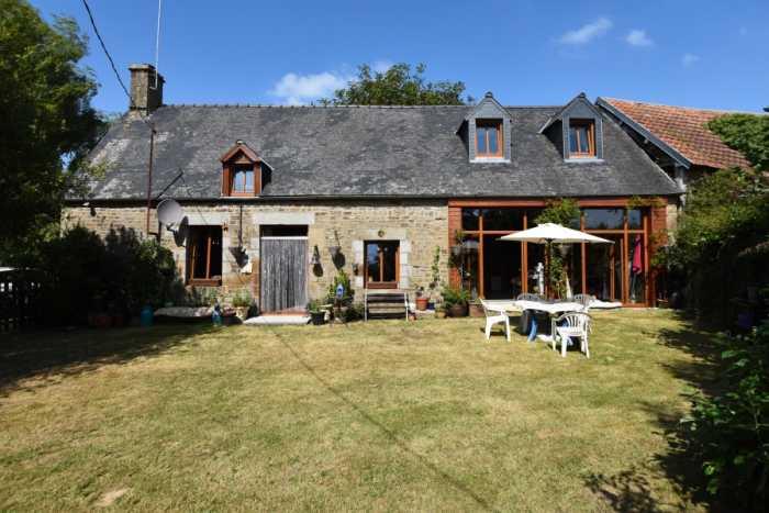 AHIN-SP-001457 St Martin De Landelles 50730 Delightful 3 bedroom stone house with large garden in Normandy