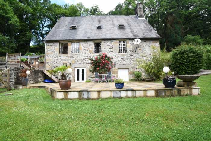 UNDER OFFER AHIN-SP-001425 • Sourdeval • 3 Bedroomed Stone house + gîte in stunning setting of the Sée Valley with views over the river.