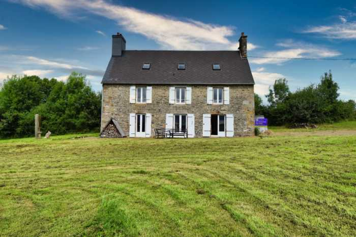 AHIN-SP-001451 Sourdeval • 50150 4 Bed Stone house with part-renovated 5 bed barn, 2 acres • no neighbours
