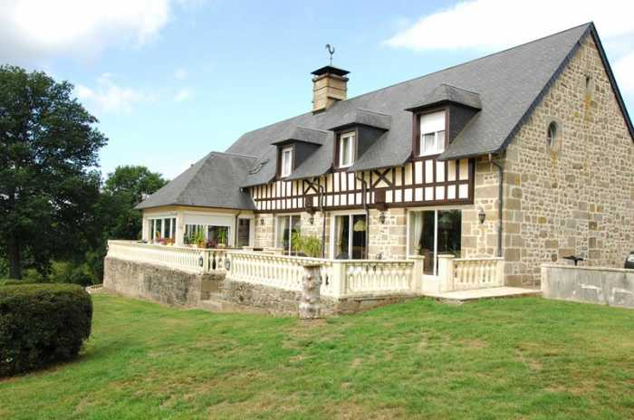 AHIN-SP-001098 • St Pois area • Country Estate in Normandy with 33 acres - ideal as boutique Hotel or Retreat with a smart, purpose built B&B with 7 en-suite letting rooms and a pretty 2 bedroomed Gate House.