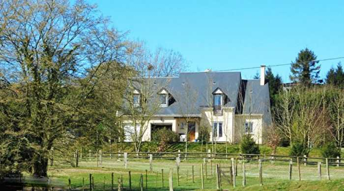 AHIN-SG-2647 Villedieu les Poeles 50800 Spacious 4 Bed Home in the Country with over 3 Acres close to Villedieu les Poeles