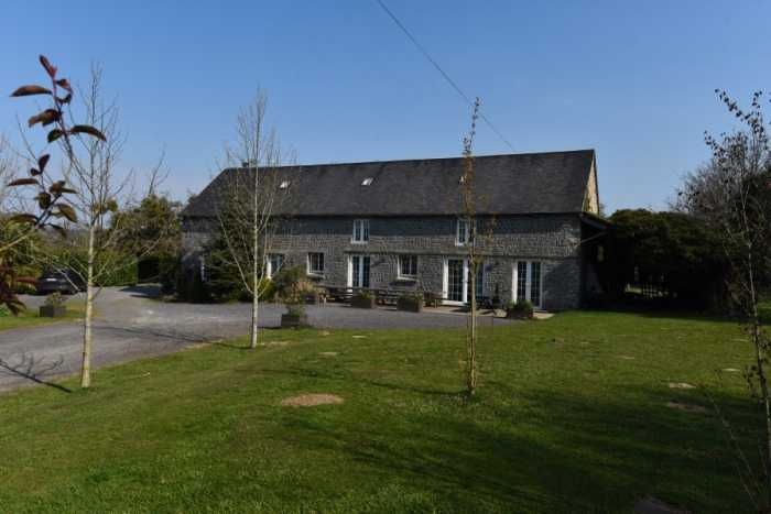 AHIN-SP-001409 Nr Romagny and Mortain 50140 Established gîte complex with 3 letting units and over 5 acres