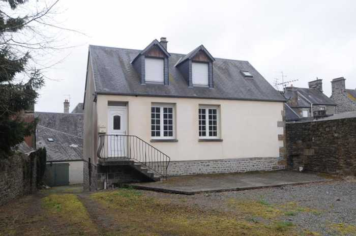 AHIN-SP-00711 Nr Saint-Pois 50670 Tucked away 3 bedroom village house with basement and 613m2 garden. Ideal first time buy, holiday home or retirement!