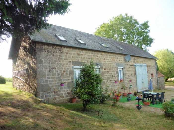 AHIN-MF-1073DM50 Mortain 50140 3 bedroom house with 1420m2 garden in hamlet