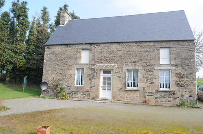 AHIN-SIF-00707 • Near Saint Hilaire du Harcouët, Detached 2 Bedroomed Farmhouse to modernise with over an acre and barns in a quiet rural hamlet.