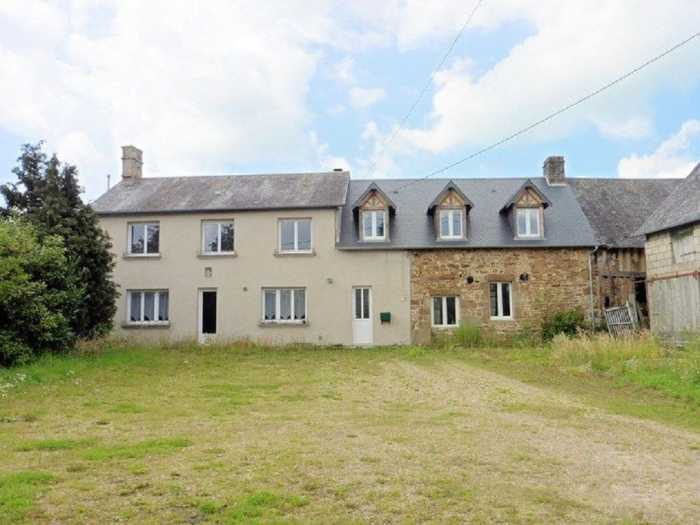 AHIN-MF-1206DM50 BARENTON 7 Bedroom farmhouse numerous outbuildings and 3 hectares!