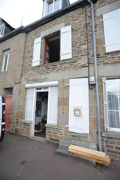 AHIN-SP-001189 • St Hilaire du Harcouet • 3 Bed Town House with 253m2 garden near all amenities. Ideal