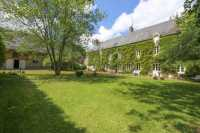 AHIN-PW-1552HH •  Tilly sur Seulles • Extensive Farmhouse and Gites and Outbuildings with 5.6 hectares of land