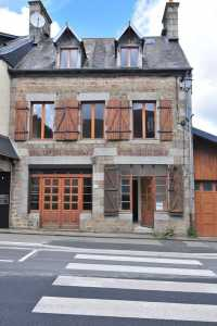 AHIB-SIF-00919 Saint Sever 14380 Spacious (5 bed) Town House in Calvados within easy walking distance of shops, schools, restaurants, etc.