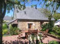UNDER OFFER AHIN-SP-001304 Sourdeval 50150 Immaculate 2 bedroom detached house in Normandy with 1/2 acre garden and large barn