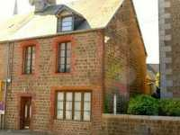 AHIN-MF900-DM50 Le Teilleul 50640 Charming 4 bedroomed village house with 626m2 garden and garage