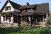 AHIN-SIF-00394 • Nr Mortain 4 bedroomed village house with 6230m2 garden/woodland