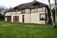 AHIN-SP-001271 • St Pois • Superb detached family house within walking distance of a village