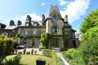 AHIN-SP-001422 • Loire Valley •Landivy area 53190 • 5 Bedroomed Manor House with stunning garden and swimming pool. 3,145m2 gardens