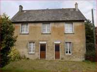 AHIN-SP-001127 Ger 50850 Detached 4 bedroomed house with 15 acres in Normandy and direct access to bridleway.