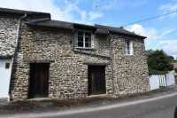 UNDER OFFER AHIN-SP-001447 Pont D'Ouilly - Falaise 14690 Attractive one bedroom cottage with 620m2 garden