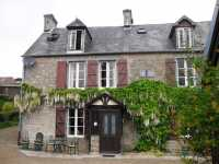 AHIN-SG-1561 • Pair of Character Houses (1x2bed/1x3bed) on the outskirts of Sourdeval, Manche, Lower Normandy.