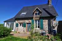 AHIN-SIF-00893 - Nr. Sourdeval • Pretty 2 Bedroomed stone cottage with outbuildings on 1,350m2 of garden
