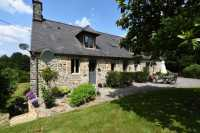 AHIN-SP-001443 • Sourdeval • 50140 • 4 Bed house and 1 Bed Gîte with just under 3 acres on the outskirts of the town.